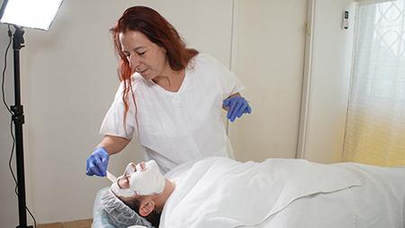 טיפולי הבהרה | טיפול הבהרת כתמי עור בירושלים